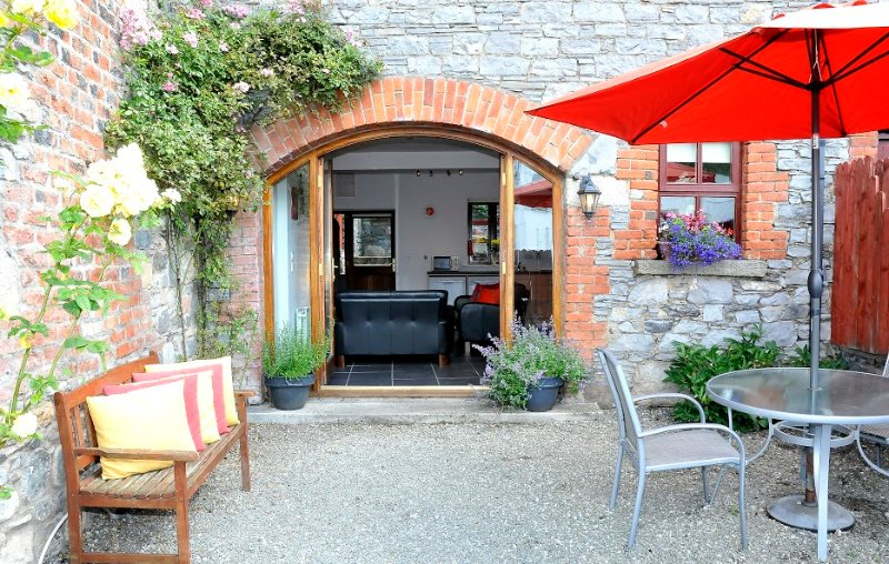 Arch Court, vacation rental in Kells