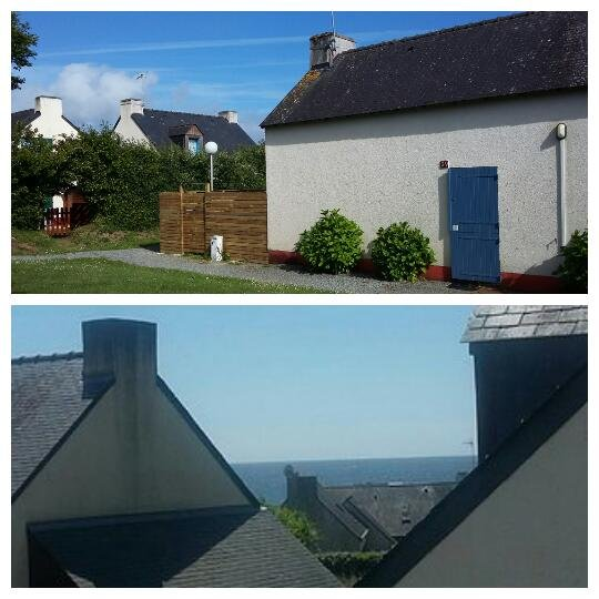 Seen from the sea to the Photo floor of the house with fenced and without surrounding road.