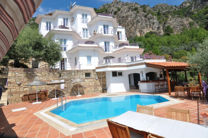 Amazing view hotel in Turunc, holiday rental in Mugla