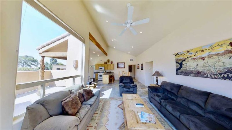 Grey Pearl ~ Q3, holiday rental in Moab