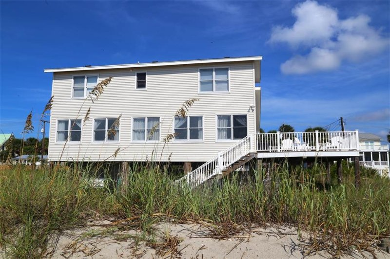 504 Palmetto Blvd - 'Family Tides', holiday rental in Edisto Island