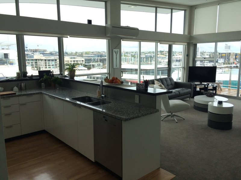 Prestigious Princes Wharf, holiday rental in Auckland Central
