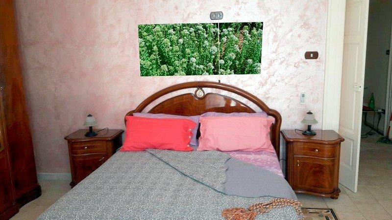 Camera Origano, holiday rental in Putignano
