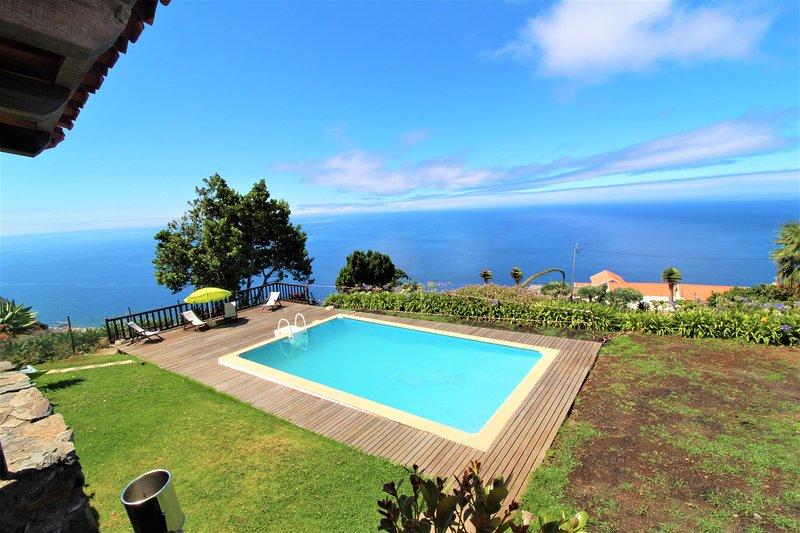 Quinta Sao lourenco 5stars, vacation rental in Faja da Ovelha