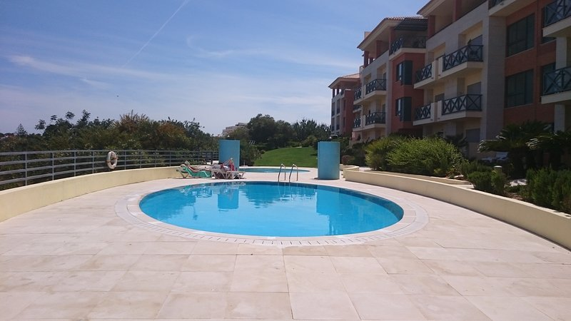 Pool (comunale)