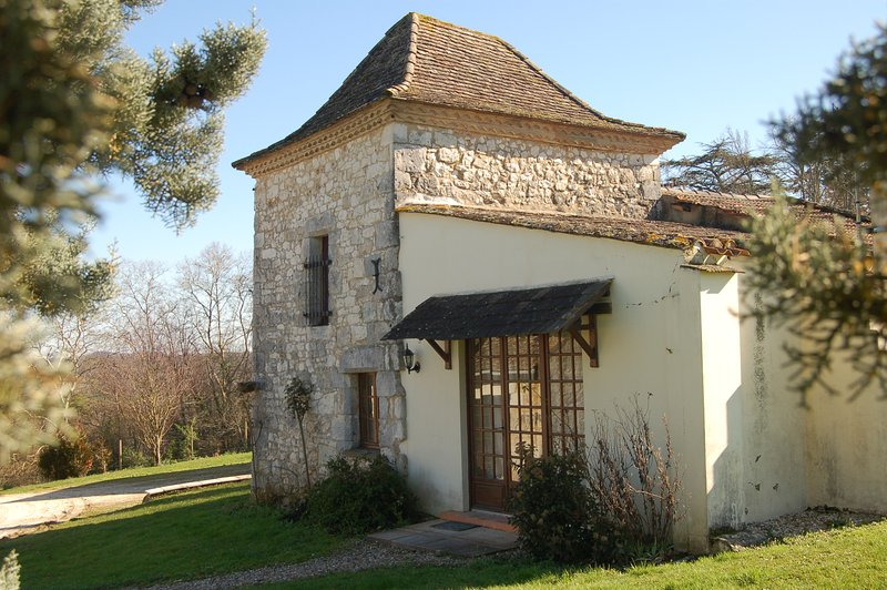 Le Pigeonnier, a lovely cottage for 4 people in 2 bedrooms.