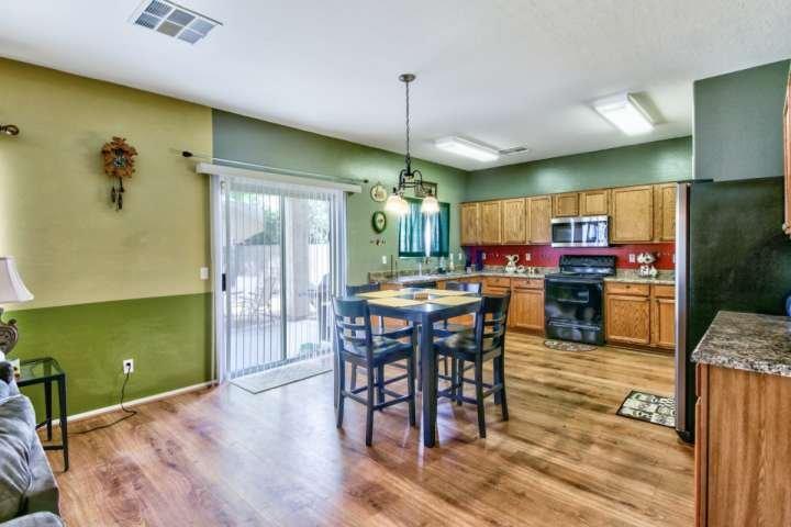 Grande cuisine / salle à manger