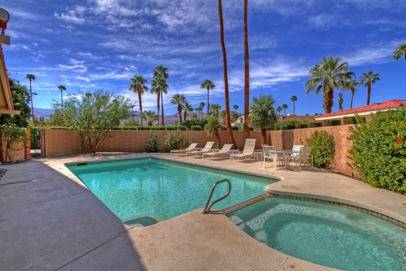 WS940 - Shadow Mountain Golf Club Vacation Rental - 3 BDRM, 2.5 BA, vacation rental in Palm Desert