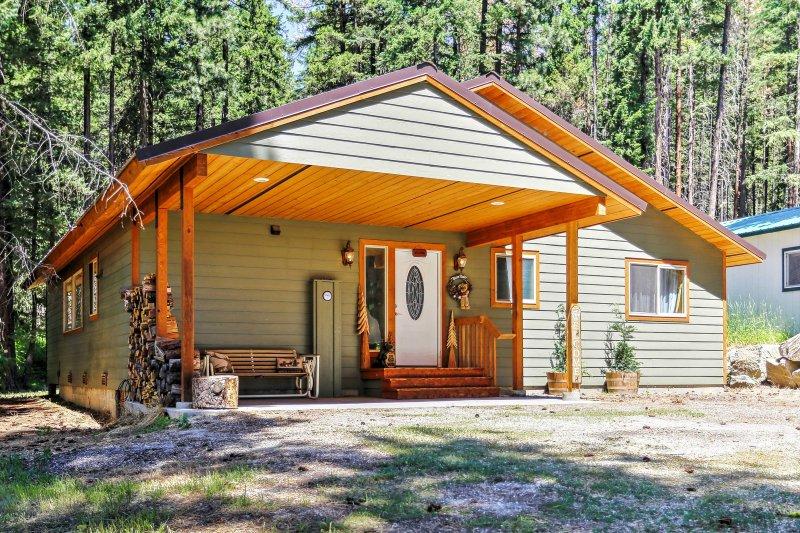 Une retraite mémorable vous attend dans cette 3 chambres, 2 salles de bains maison de location de vacances à Leavenworth.