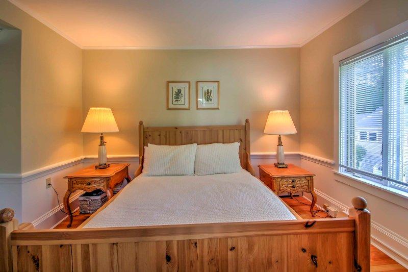 Cada quarto oferece colchões macios, lençóis macios, e único, uma decoração elegante.