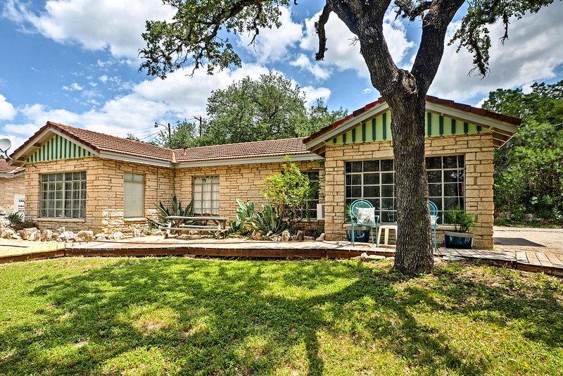 ¡Explore el hermoso Volente desde este bungalow de alquiler de vacaciones con 1 cama y 1 baño!