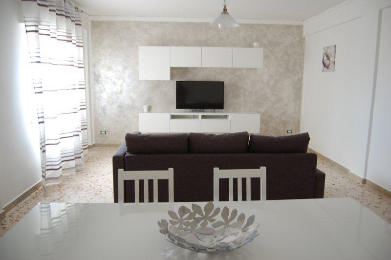 Dolcevita Apartment, holiday rental in Terrasini