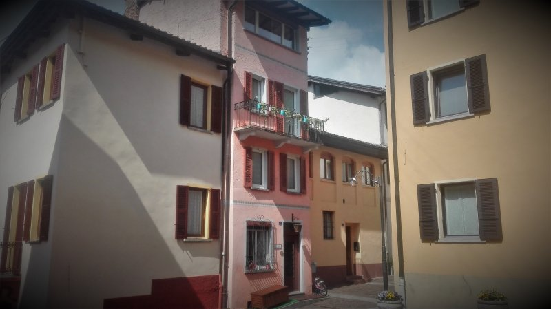 Casa in nucleo fiabesco a 10 minuti da Lugano, location de vacances à Magliaso