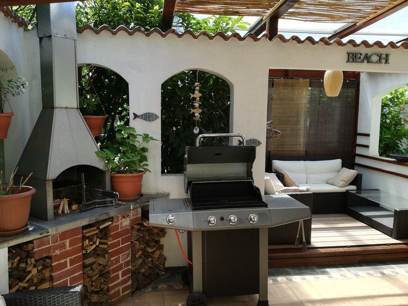 BBQ & Lounge