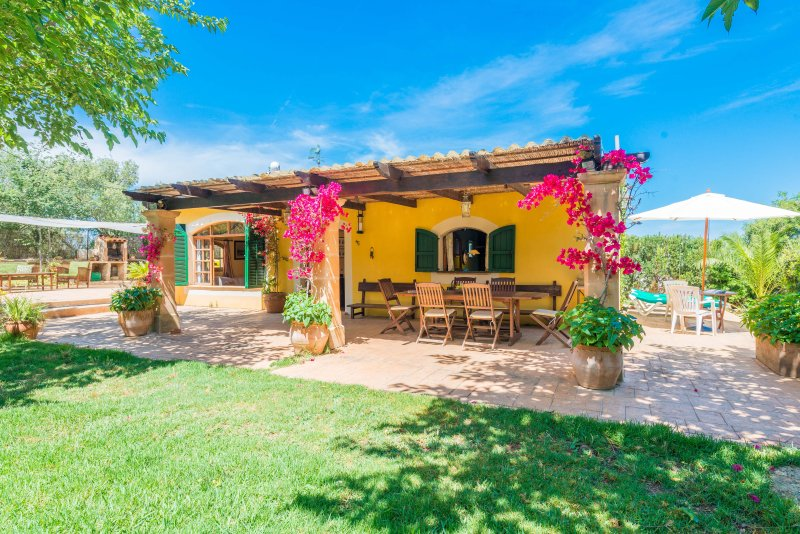 SA MARJAL - Chalet for 3 people in Muro, holiday rental in Muro
