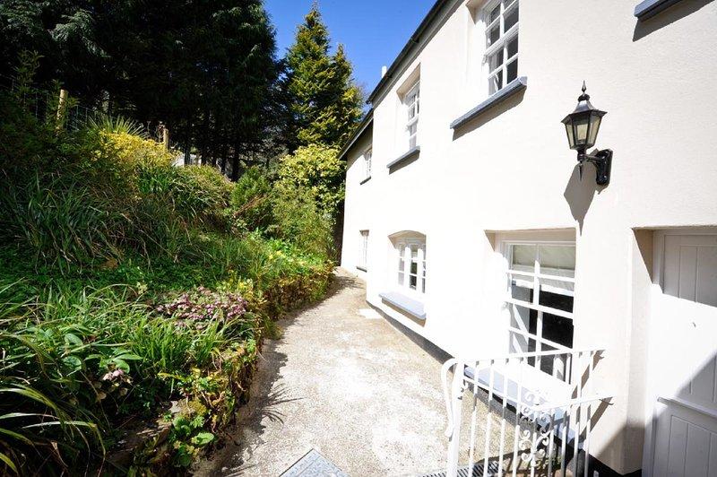 Corffe Cottages-Corner Cottage, vacation rental in Barnstaple