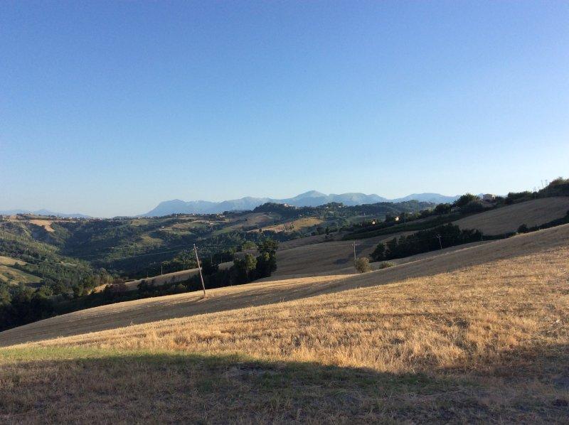Vista para as colinas Sibilla