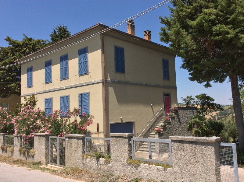 Villa Giudiita, holiday rental in Sant'Angelo In Pontano