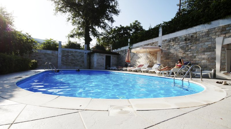 One-bedroom Apartment 21, vacation rental in Budva