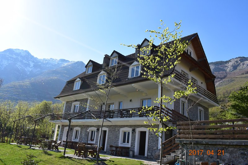 Boga Alpine Resort, in the road to Theth, holiday rental in Shkoder County
