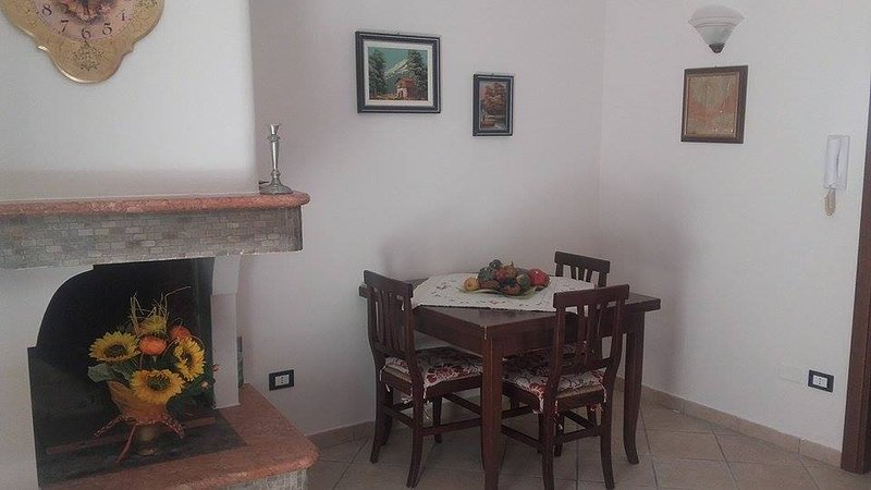 Small holiday apartment (a few meters from the center) with all the amenities.