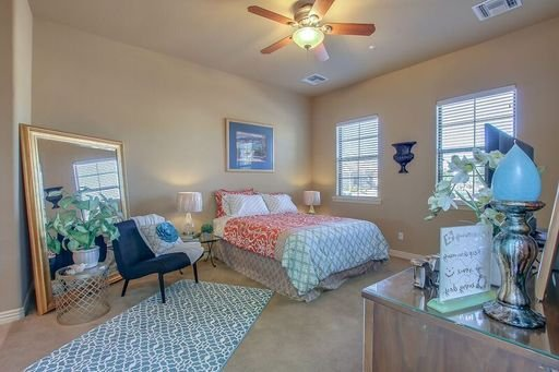 Sweet Casita with Private Courtyard and Fire Pit!, alquiler vacacional en Litchfield Park