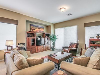Golf Course Home with Sunset Views in Beautiful Seville!, holiday rental in Chandler Heights