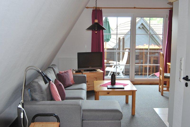 Top Appartment 1/3 für 2 Personen, 40qm, Balkon W-lan, Nichtr. in kleiner Anlage, location de vacances à Walkenried