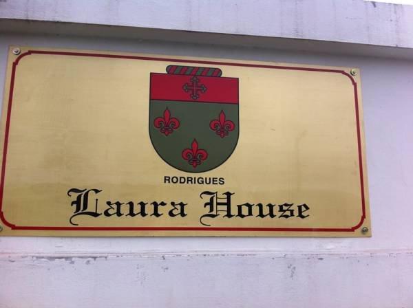 Laura House, location de vacances à Bom Retiro