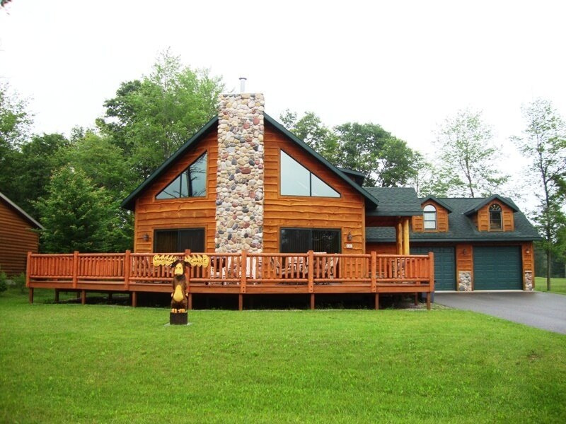 Champagne Chalet at Spring Brook Resort | Golf course location | Guest Favorite, vacation rental in Wisconsin Dells