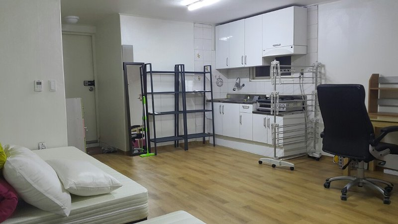 ACOPIA House 1B, holiday rental in South Korea