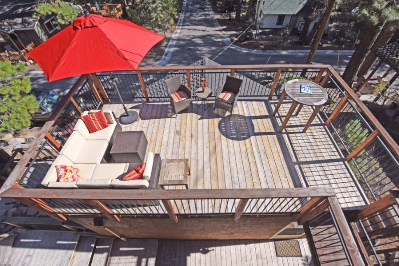The midlevel deck includes plenty of room to stretch out or entertain!