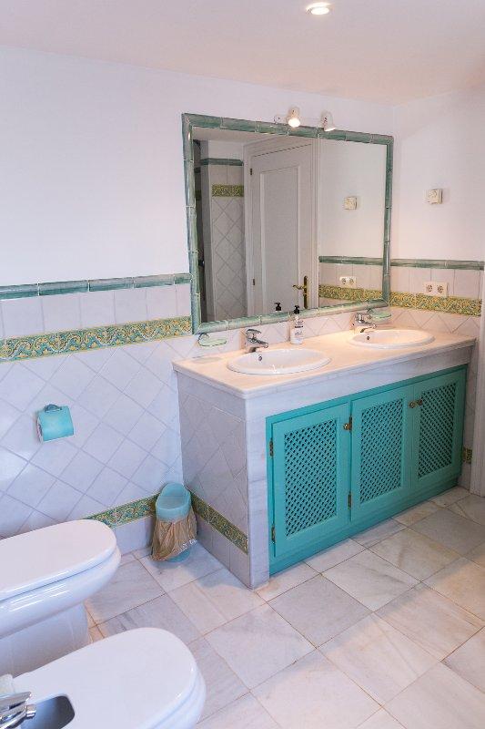 Green bedroom on suite bathroom