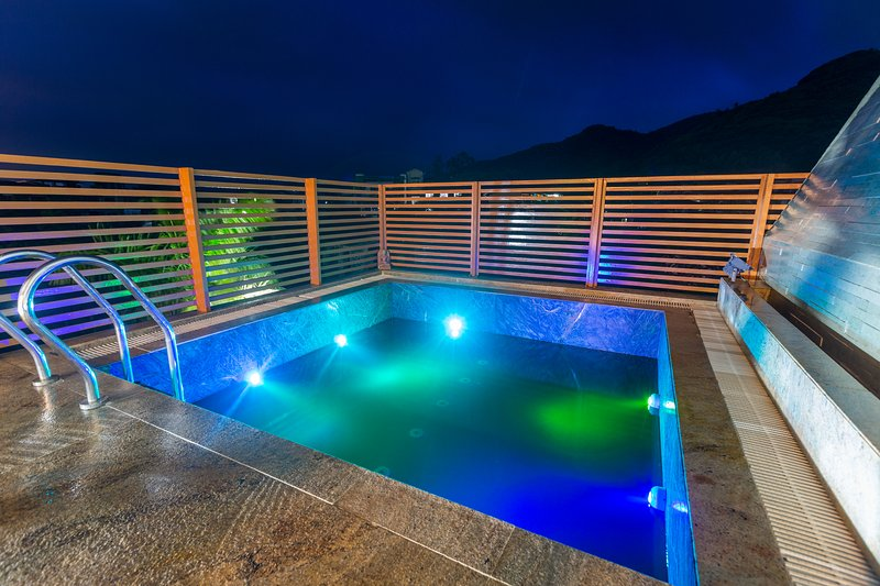 La piscine au premier étage
