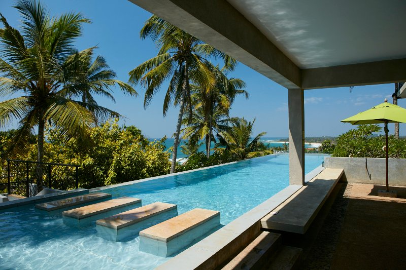 KAMBURA VILLA WITH 6 BEDROOMS, CINEMA, GYMNASIUM AND POOL, holiday rental in Mirissa