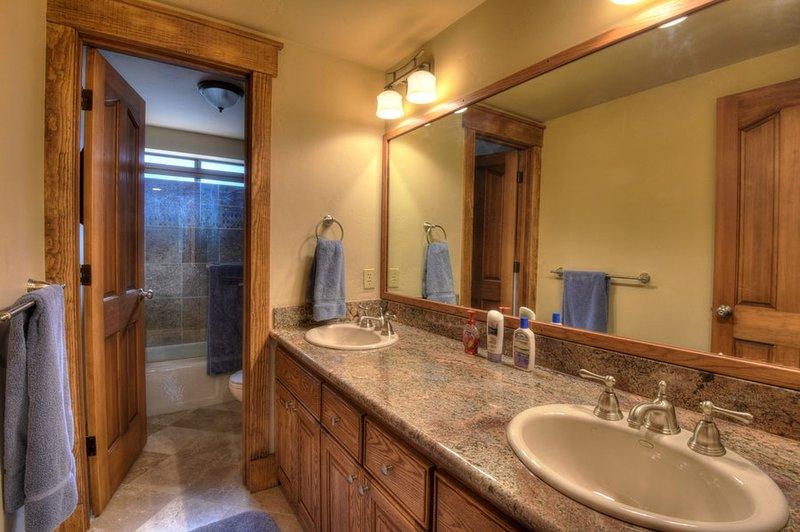 casa de banho primeiro convidado
