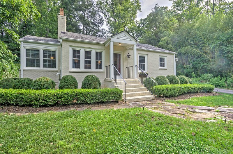The home is minutes from the Asheville and numerous other attractions!
