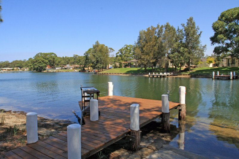 Waterfront on Plover, vacation rental in Wandandian