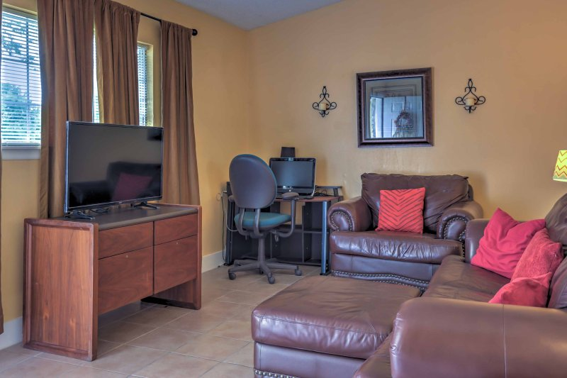 This 3-bedroom, 2-bathroom abode is perfect for a group of 6!