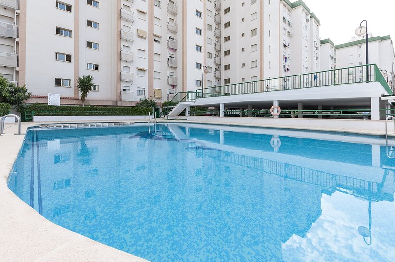 NUBE - Apartment for 3 people in Playa de Gandia, holiday rental in Grau de Gandia