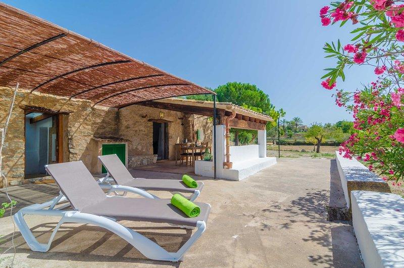 SA ROTA (DEN JOAN PORRERENC) - Property for 2 people in Montuïri, alquiler de vacaciones en Sant Joan