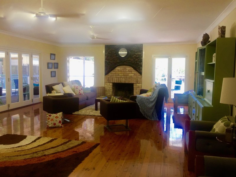 Gindabara, holiday rental in Macleay Island