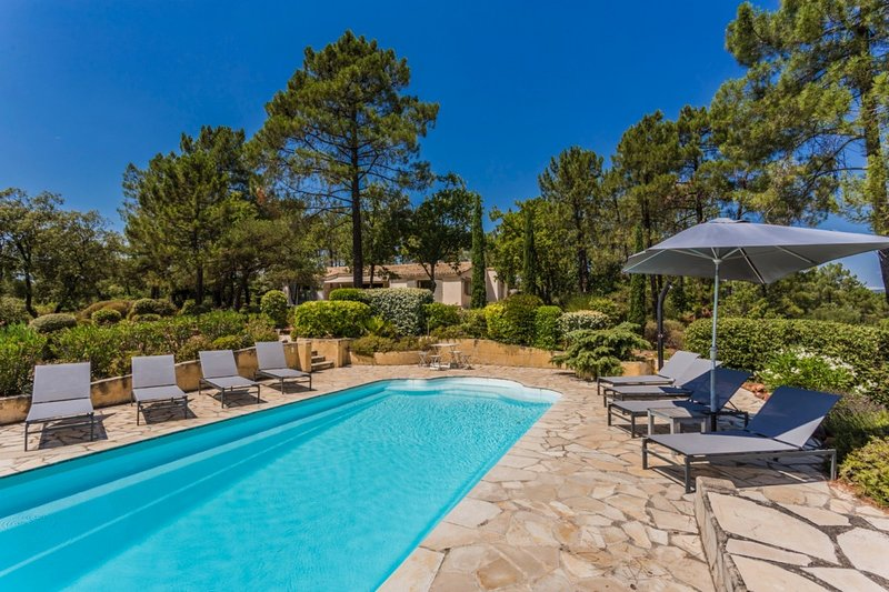 Contemporaine, holiday rental in Roussillon