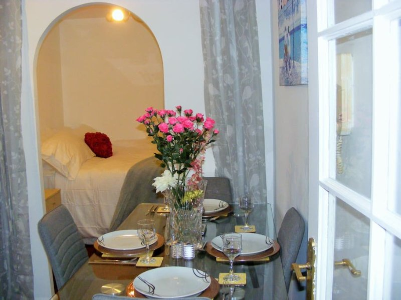 Bright well presented riverview studio/sleepn area, location de vacances à Dartford