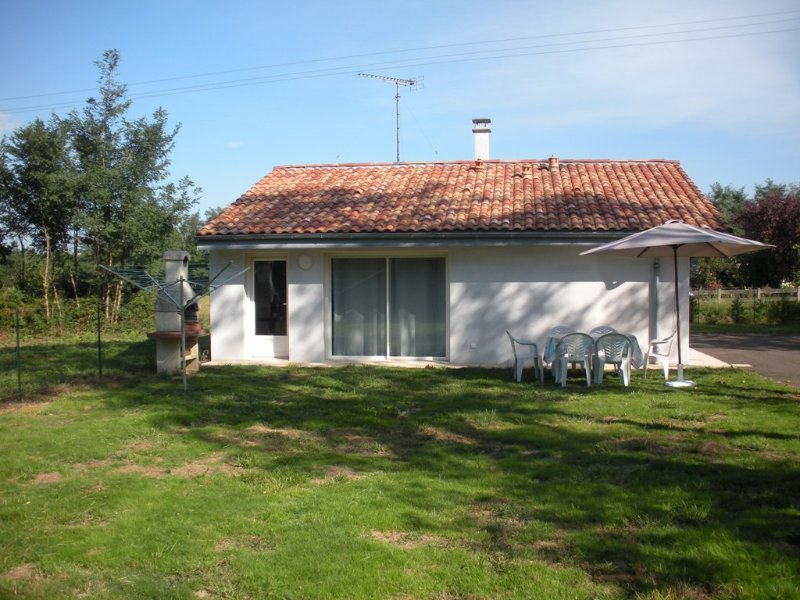 Bread Oven Cottage Rent (Landes - France)