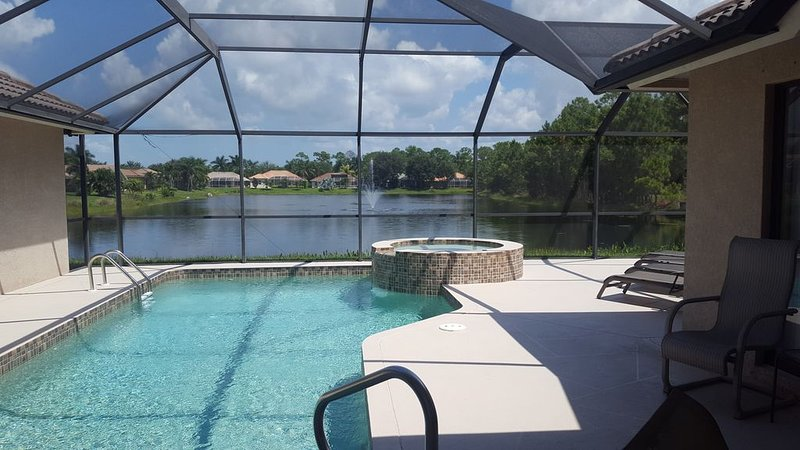 Fine Escape To Naples Fl Revel In Our 4 3 Home Pool Spa Download Free Architecture Designs Scobabritishbridgeorg