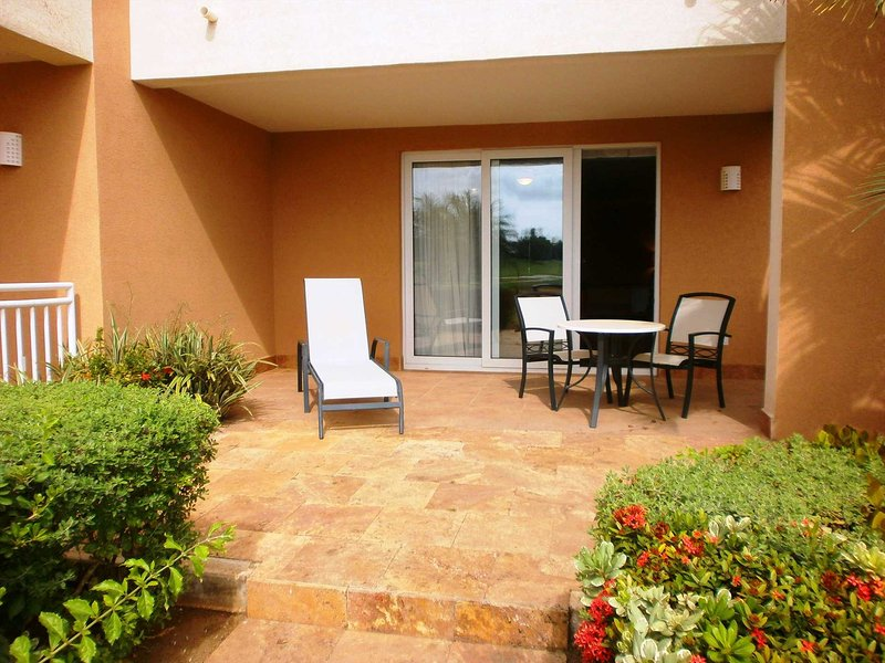 Your private terrace with patio furniture!