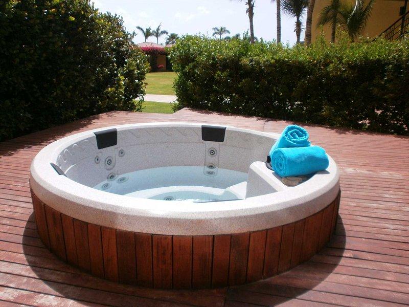 Din egen privata badtunna väntar på dig !!