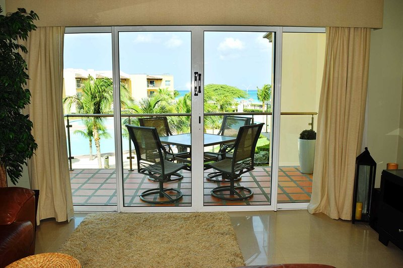 Enjoy Aruba's sunny weather from your living area!