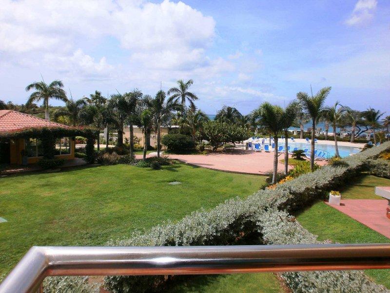 BEACHFRONT - EAGLE BEACH - OCEANIA RESORT - Superior View Studio condo - E225-1, vacation rental in Aruba